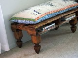 bench with built-in book storage of pallets