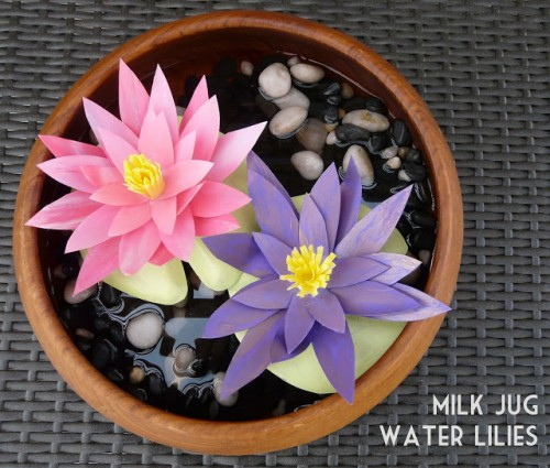 water lilies centerpiece (via blissbloomblog)