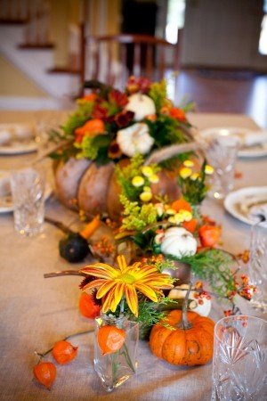 pumpkin planter with flowers centerpiece (via elizabethannedesigns)