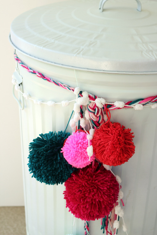 colorful trash can makeover (via curbly)