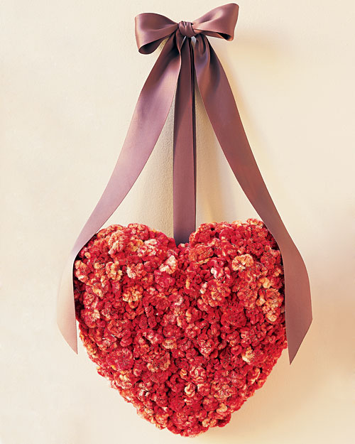 Homemade Cockscomb Valentine Wreath (via marthastewart)