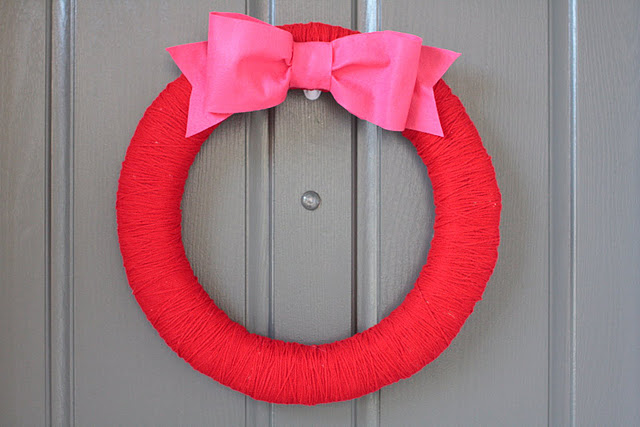 Simple DIY Valentine's Day Wreath