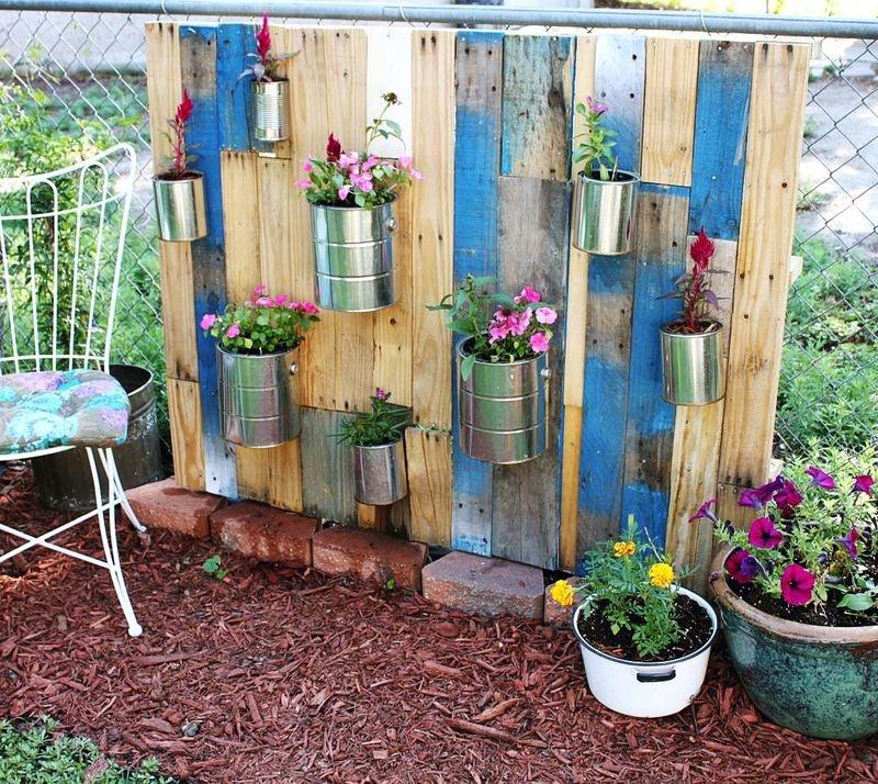 Pin Diy Vertical Garden With Pallet on Pinterest