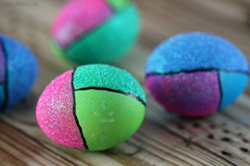 color block eggs (via frugalmomeh)
