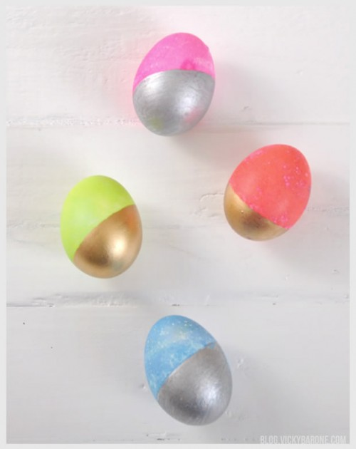 metallic Easter eggs (via blog)