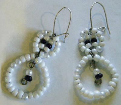 Snowman bead earrings