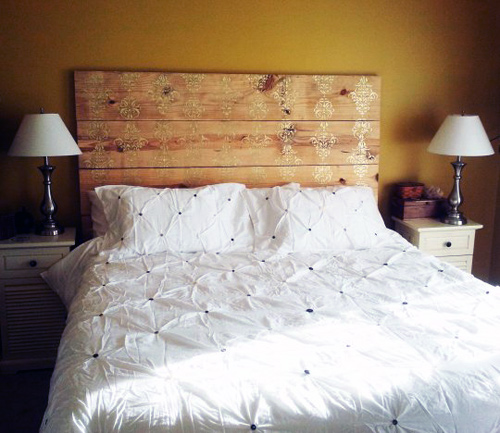 painted plank headboard (via designsponge)