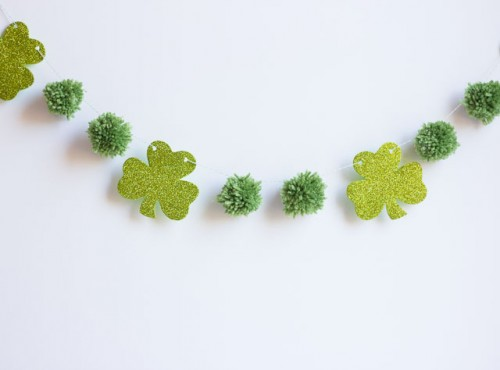 shamrock and pompoms garland (via designimprovised)