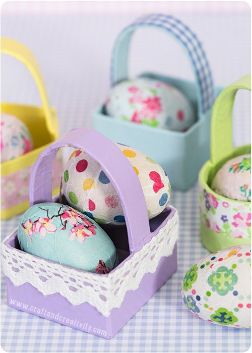 papier-maché mini baskets  (via craftandcreativity)