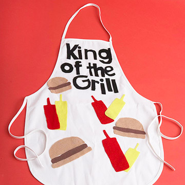 King Of the Grill Apron (via shelterness)