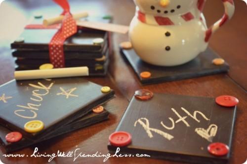 chalkboard coasters to make with kids (via livingwellspendingless)