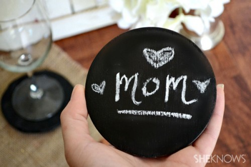 clay chalkboard coasters (via sheknows)