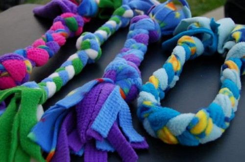 fleece rope dog toy (via hgtv)