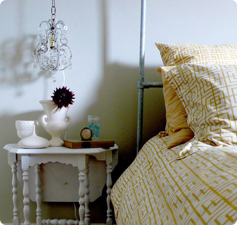 37 Cool Hanging Bedside Lamps Shelterness