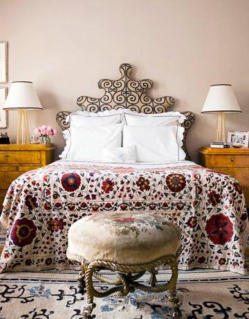 Обновляем интерьер спальни.  Мягкое изголовье для любимой кровати.