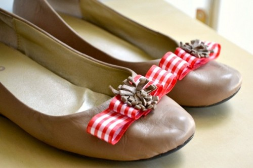 ribbon flats (via sheknows)