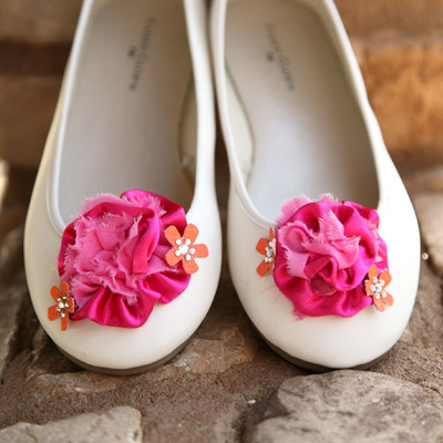 floral flats (via ilovetocreate)