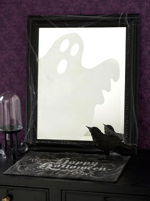 25 spooky and creepy indoor halloween decorating ideas Scary halloween decorating ideas inside