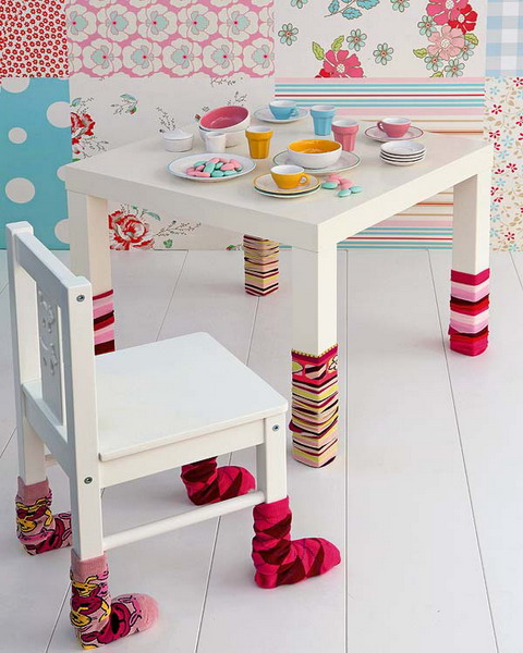 Even simple socks could change table' and chair' legs completely. This small furniture objects would be even more cute than they already are.