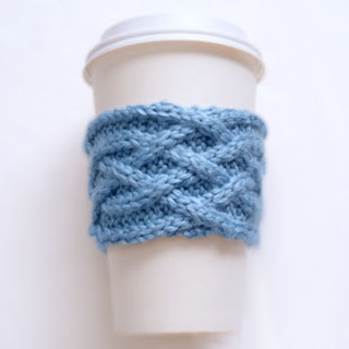 celtic plait coffee cup sleeve (via purlavenue)