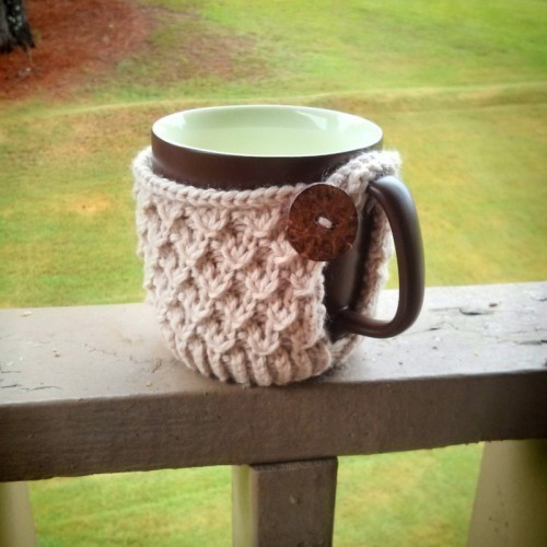 diagonal knot mug (via purlavenue)