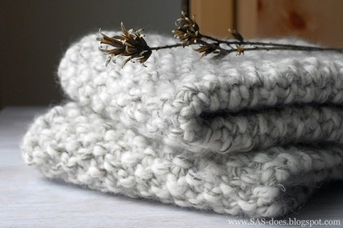 knitted placemats (via sas-does)