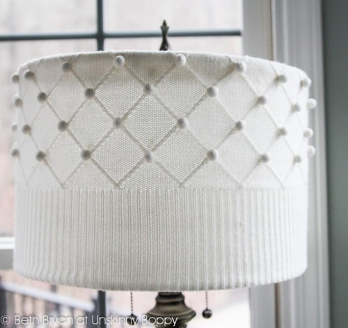 knitted lampshade (via unskinnyboppy)