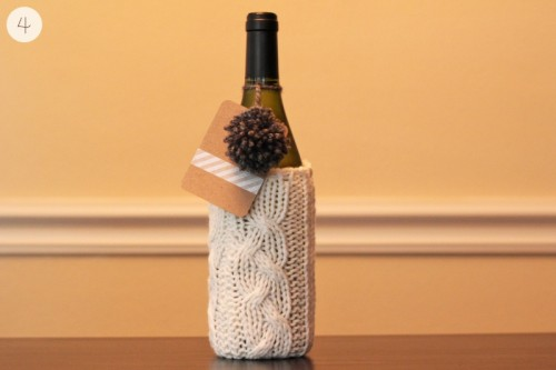 wine gift wrap (via warmhotchocolate)
