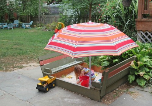 8 Cool Outdoor Sandboxes For Your Kids