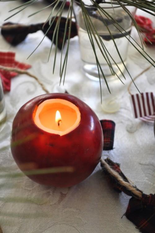 fresh apples candle holder (via poindextr)