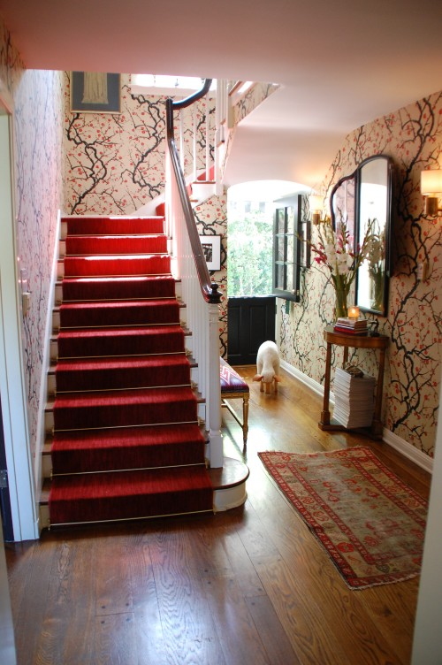 Adding a splash of color to your interior is easy with the right carpet on stairs.
