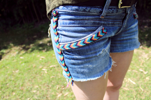 denim embroidery shorts (via look-what-i-made)