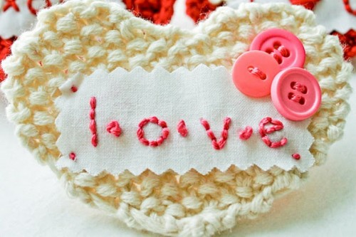Cool Valentine Diy Hearts Of Yarn