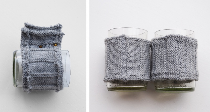Picture Of cozy diy candleholders with knit wraps  5
