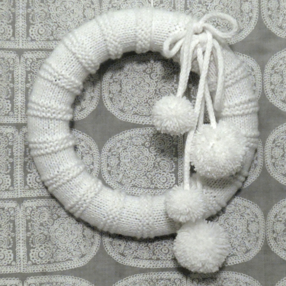 knit snowball wreath