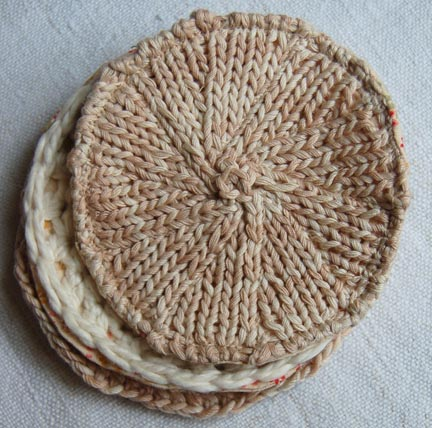 Cozy Knitted Coasters (via purlbee)