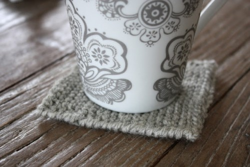 DIY Small Gray Coaster (via pantonejane)