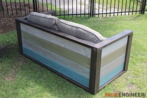 Cozy DIY Wood Plank Loveseat With Free Plans
