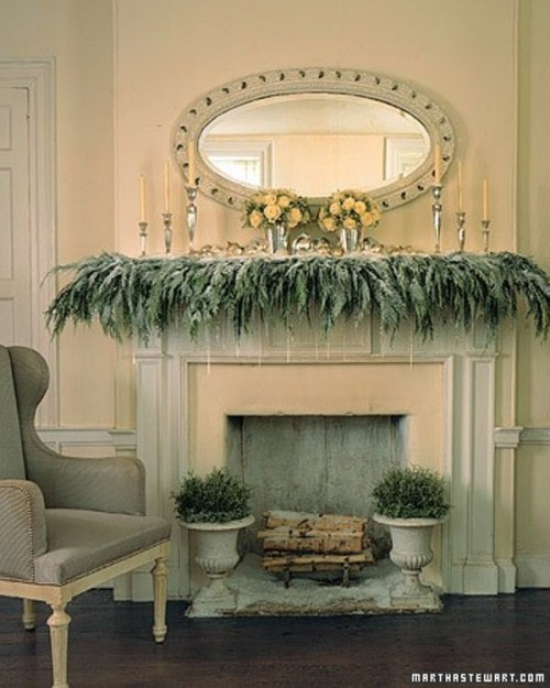 28 Best Stairway Decorating Ideas And Designs For 2019: 44 Cozy Winter Mantle Décor Ideas
