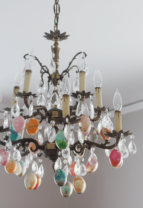 Crazy DIY Easter Eggs Chandelier