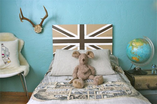 Union Jack headboard (via theplumednest)