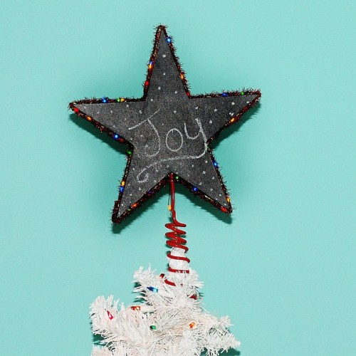 lighted tree topper (via mysocalledcraftylife)