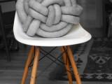 creative-diy-celtic-knot-pillow-4