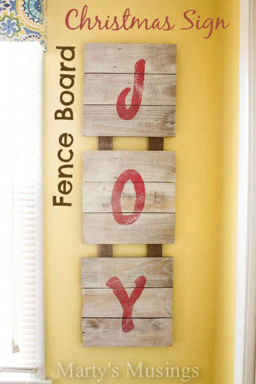fence board Christmas sign (via martysmusings)