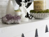 Scandinavian tree garland