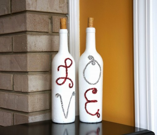 wine bottles decor (via shelterness)