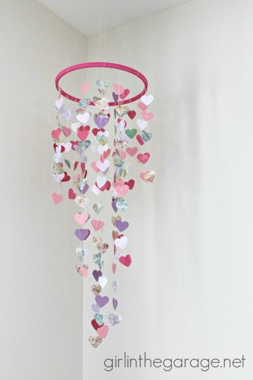 hanging hearts mobile (via girlinthegarage)