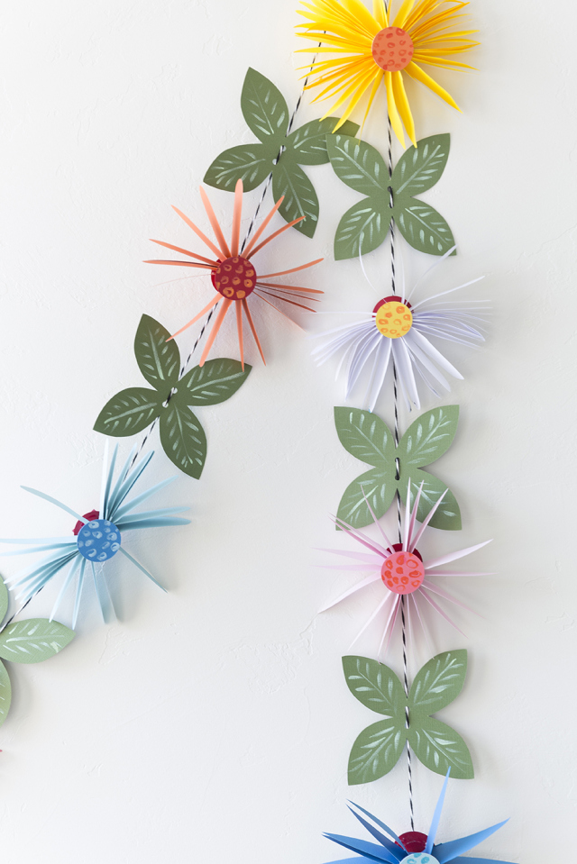 Picture Of cute and easy diy paper flower garland  1