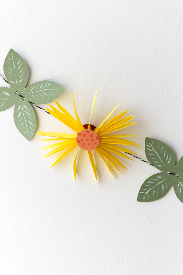 Picture Of cute and easy diy paper flower garland  4
