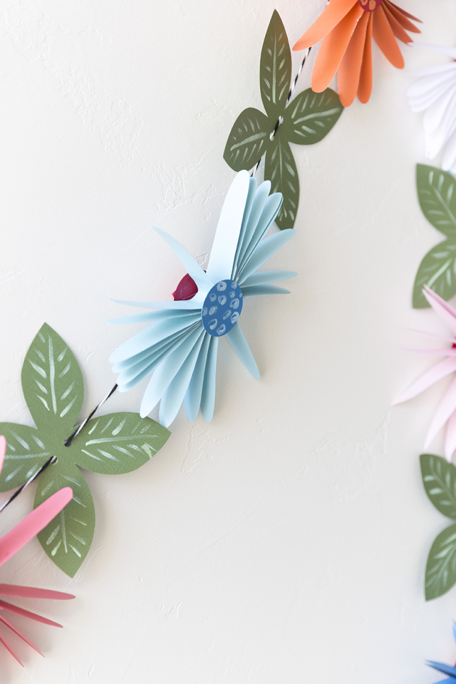 Picture Of cute and easy diy paper flower garland  5